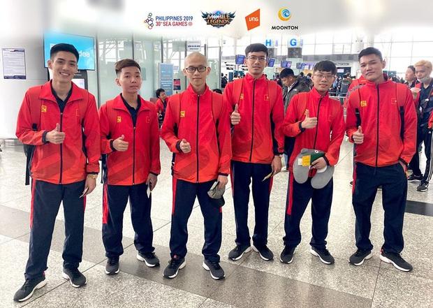 Đoàn eSports Việt tới Philippines, quẩy trăm kiểu ảnh sẵn sàng chinh phục huy chương SEA Games 30 - Ảnh 2.