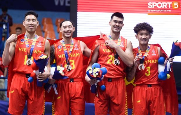 SEA Games ngày 9/12: Đoàn thể thao Việt Nam tiếp tục giành thêm cơn mưa vàng - Ảnh 23.
