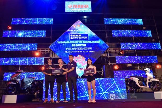 Binz gây choáng khi cởi trần khoe cơ bắp, Vũ - Ngọt Band thổi làn gió mới cho Yamaha Road to Ravolution: DJ Battle tại Hà Nội - Ảnh 10.