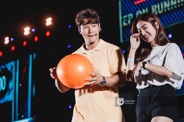 6 năm trở lại, 2 tiếng cảm xúc đong đầy fanmeeting Running Man tại Việt Nam: Kết lại nụ cười 7 người và nước mắt của Somin - Ảnh 22.