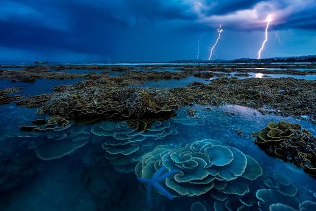 4 đại diện Việt Nam vào chung kết cuộc thi ảnh quốc tế với tác phẩm huyền ảo khó tin: Không ngờ vẫn còn những nơi hoang sơ đến thế! - Ảnh 1.