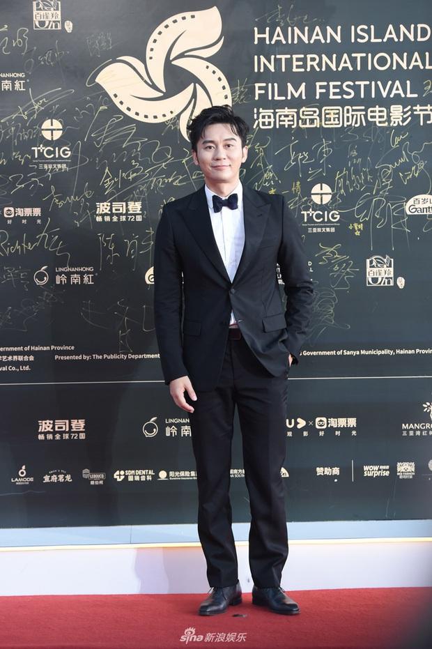 Thảm đỏ gây thất vọng hôm nay: Dương Mịch lộ body tăng cân, Trần Kiều Ân - Côn Lăng bị netizen chê dừ chát - Ảnh 14.