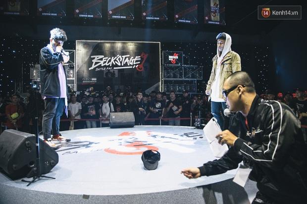 Beck'Stage Battle Rap chứng kiến quá nhiều sự thất bại đáng tiếc: Rapper non thua vì áp lực, hạng lão luyện thua vì hiếu thắng còn có người out vì... lỡ miệng - Ảnh 1.