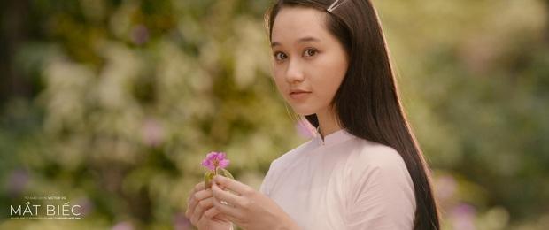 5 mĩ nhân đổ bộ màn ảnh rộng tháng 12: Chi Pu - Thanh Hằng táo bạo với cảnh nóng, hóng nhất vẫn là nàng thơ Mắt Biếc - Ảnh 12.