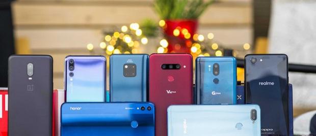 Giảm mạnh giá bán Vsmart Live, VinSmart đang thách thức những hãng điện thoại Trung Quốc như Huawei, Xiaomi - Ảnh 1.