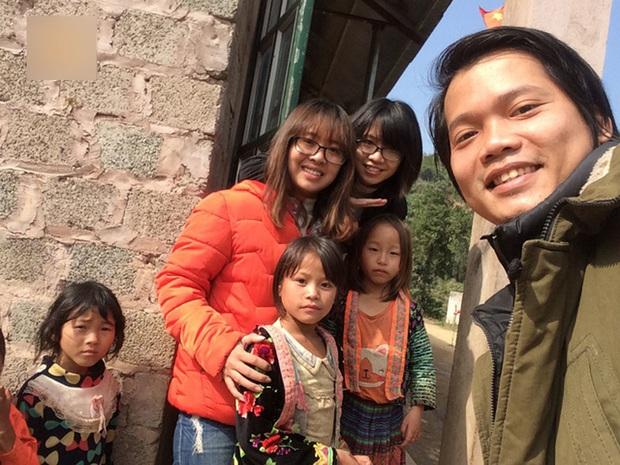 Chàng trai Hà Nội nhặt ve chai, xây trường, nuôi ăn cho trẻ vùng cao - Ảnh 3.