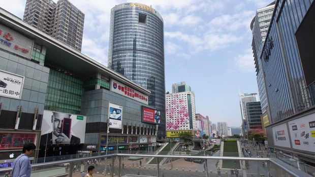 Hoa Cường Bắc: Khu chợ điện tử nổi tiếng nhất Trung Quốc nay đã bị nhuộm hồng bởi đồ mỹ phẩm - Ảnh 4.