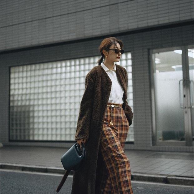 Với 3 tips diện áo khoác dáng dài sau, bạn sẽ trông cao thêm ít nhất 5 centimet - Ảnh 4.