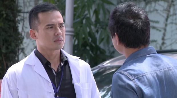 Bác sĩ Minh sợ nghiệp quật tới mức phẫu thuật lộn tiệm: Sơ sót khiến bệnh nhân toé máu ở tập 25 Không Lối Thoát - Ảnh 7.