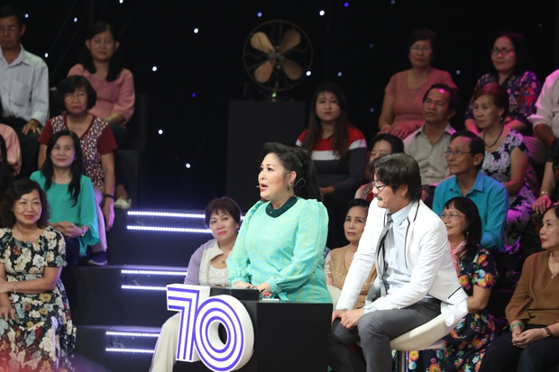 Phi Nhung nhận 22 người con nuôi vì mồ côi cha mẹ, thiếu tình thương từ nhỏ - Ảnh 6.