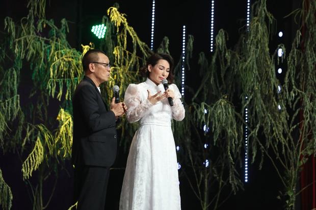 Phi Nhung nhận 22 người con nuôi vì mồ côi cha mẹ, thiếu tình thương từ nhỏ - Ảnh 2.