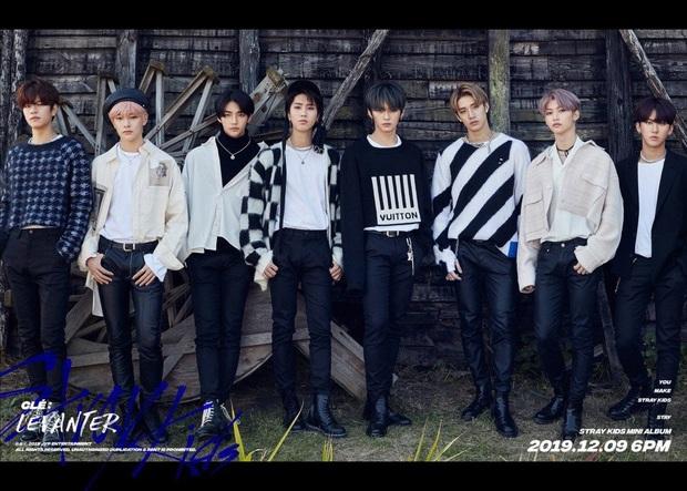 """Những boygroup tân binh đỉnh nhất của thập kỉ: BTS từ nhóm nhạc vô danh nay được vinh danh, """"tân binh khủng long"""" của YG mất tích - Ảnh 14."""