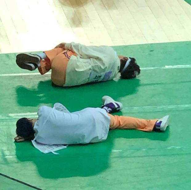 Đại hội thể thao dành cho Idol nhưng có những gương mặt đến chỉ cho đủ quân số rồi... lăn ra ngủ! - Ảnh 6.