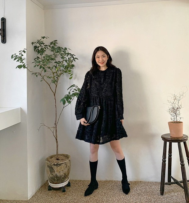 15 ý tưởng diện váy giúp chị em đẹp suốt từ Giáng sinh cho đến muôn kiểu tiệc tùng mùa lễ hội - Ảnh 1.