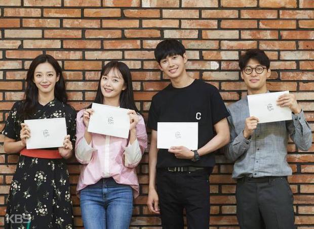 Cô gái bị cả Running Man xua đuổi Jeon So Min nhá hàng phim mới, biến hình thành bánh bèo lãng mạn trên sóng tvN - Ảnh 3.