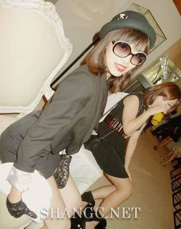 Dàn bạn gái xinh đẹp, quyến rũ của thiếu gia ăn chơi bậc nhất Trung Quốc Vương Tư Thông - Ảnh 11.