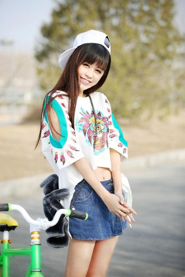 Dàn bạn gái xinh đẹp, quyến rũ của thiếu gia ăn chơi bậc nhất Trung Quốc Vương Tư Thông - Ảnh 18.