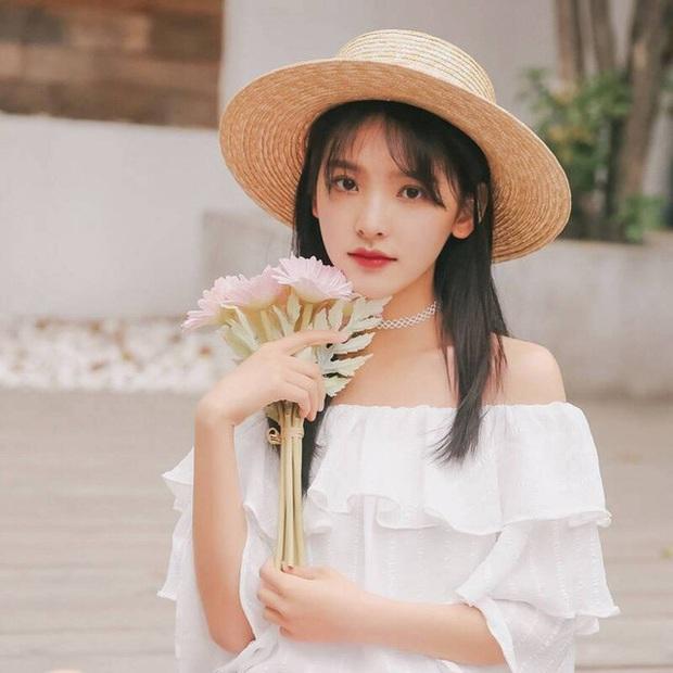 Dàn bạn gái xinh đẹp, quyến rũ của thiếu gia ăn chơi bậc nhất Trung Quốc Vương Tư Thông - Ảnh 24.