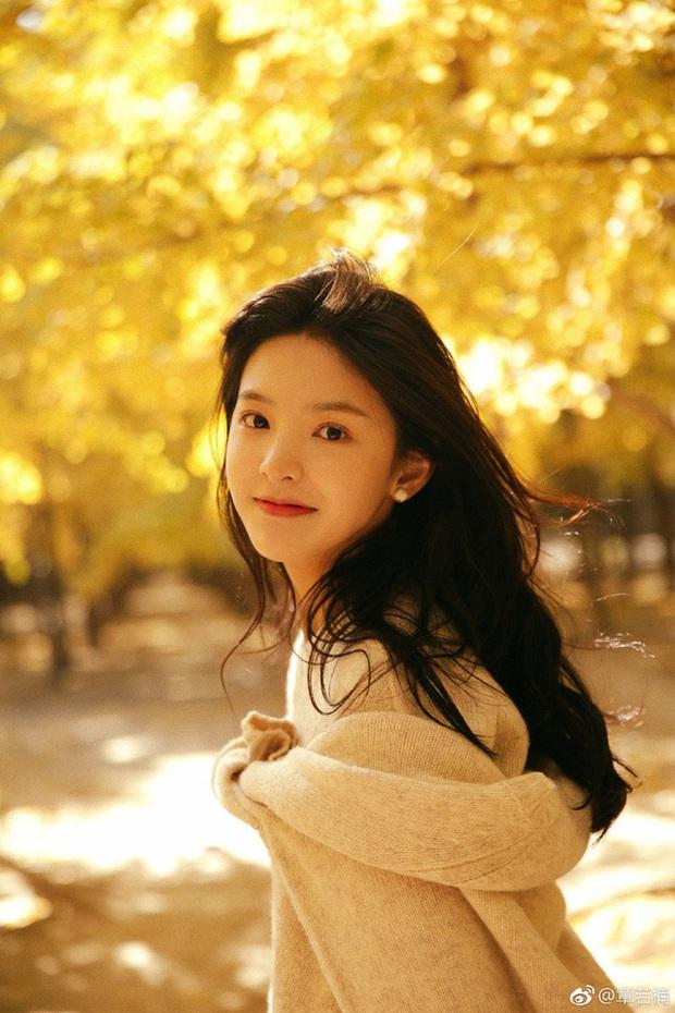 Dàn bạn gái xinh đẹp, quyến rũ của thiếu gia ăn chơi bậc nhất Trung Quốc Vương Tư Thông - Ảnh 26.