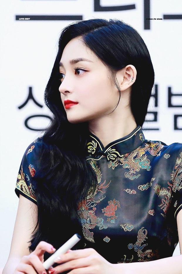 Dàn bạn gái xinh đẹp, quyến rũ của thiếu gia ăn chơi bậc nhất Trung Quốc Vương Tư Thông - Ảnh 27.