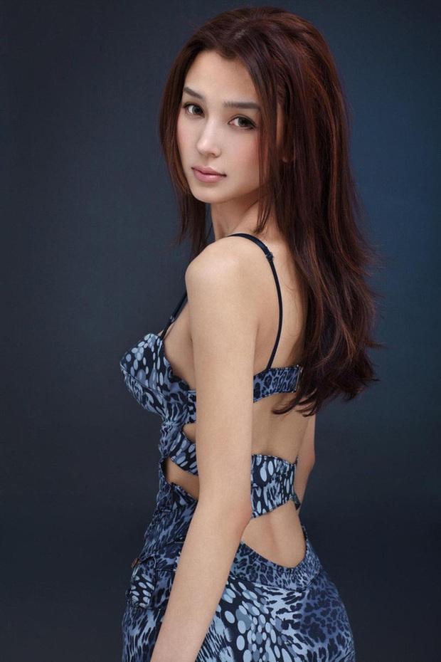 Dàn bạn gái xinh đẹp, quyến rũ của thiếu gia ăn chơi bậc nhất Trung Quốc Vương Tư Thông - Ảnh 9.