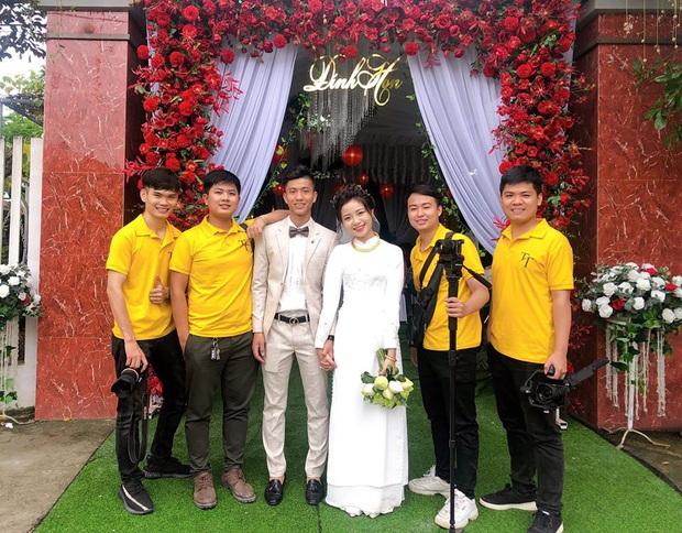 Vợ Phan Văn Đức xinh đẹp trong đám hỏi, khoe dàn phù dâu nhan sắc không phải dạng vừa - Ảnh 5.