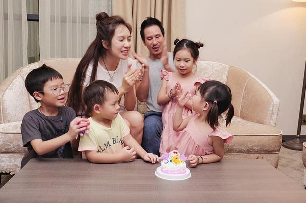 Lý Hải - Minh Hà tổ chức sinh nhật con gái, nhìn cả nhà chung khung hình đúng chuẩn gia đình đông nhóc tỳ nhất Vbiz! - Ảnh 2.