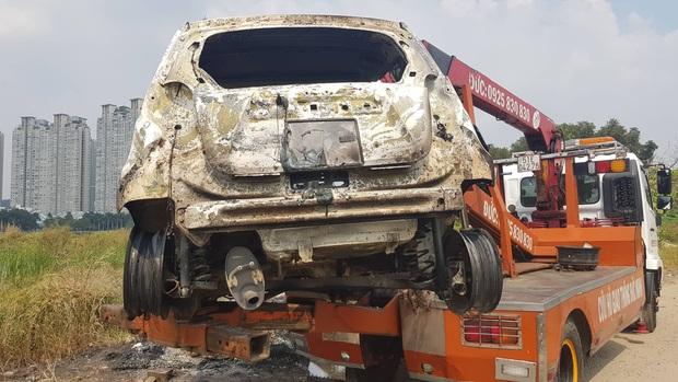 Lời khai của nghi phạm giết cả gia đình Hàn Quốc sau đó cướp tài sản rồi đốt xe ô tô phi tang ở Sài Gòn - Ảnh 3.