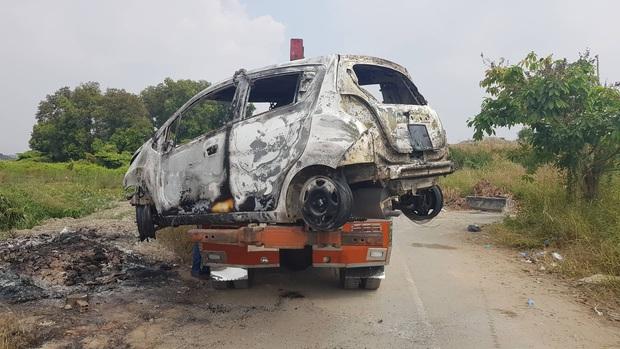 Lời khai của nghi phạm giết cả gia đình Hàn Quốc sau đó cướp tài sản rồi đốt xe ô tô phi tang ở Sài Gòn - Ảnh 2.