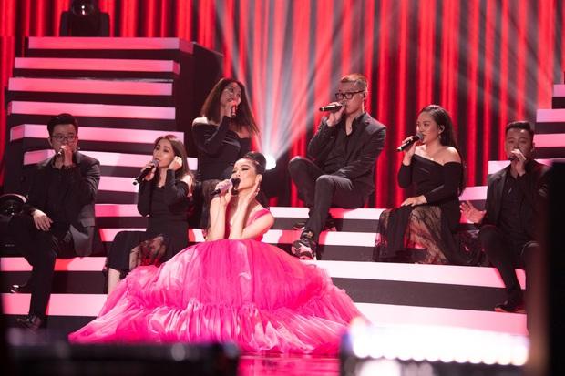 Có gì trong Q Show 2 đầu tư 30 tỷ của Lệ Quyên: Sân khấu công nghệ sử dụng nhân tượng và 5 chương âm nhạc đẹp như trong cổ tích - Ảnh 7.