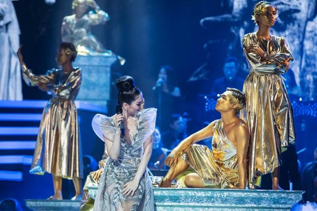 Có gì trong Q Show 2 đầu tư 30 tỷ của Lệ Quyên: Sân khấu công nghệ sử dụng nhân tượng và 5 chương âm nhạc đẹp như trong cổ tích - Ảnh 11.