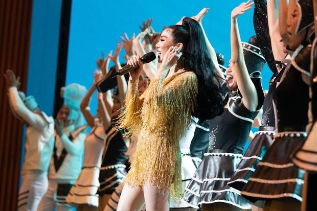 Có gì trong Q Show 2 đầu tư 30 tỷ của Lệ Quyên: Sân khấu công nghệ sử dụng nhân tượng và 5 chương âm nhạc đẹp như trong cổ tích - Ảnh 23.