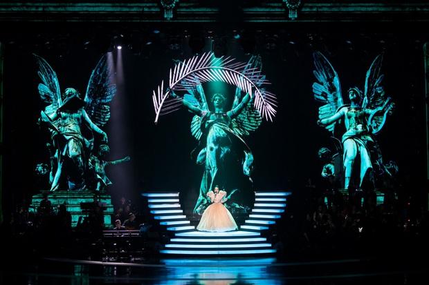Có gì trong Q Show 2 đầu tư 30 tỷ của Lệ Quyên: Sân khấu công nghệ sử dụng nhân tượng và 5 chương âm nhạc đẹp như trong cổ tích - Ảnh 14.