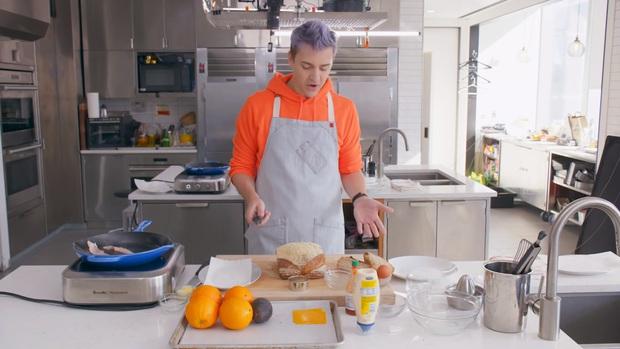 Không ai hoàn hảo cả: Streamer Ninja cực nổi tiếng, kiếm triệu đô mỗi tháng vẫn không biết cắt bánh mì đây này! - Ảnh 3.