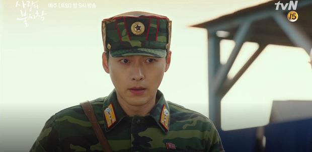 4 khoảnh khắc gây mê cực mạnh của Hyun Bin ở Tình Yêu Hạ Cánh: Richkid sắm đồ cho Son Ye Jin có bao nhiêu lấy hết - Ảnh 4.