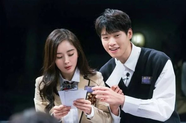 Phi công trẻ chưa gì đã đá đểu Dương Mịch trên mạng xã hội, Cnet phẫn nộ phản đối cuộc tình chị em - Ảnh 2.