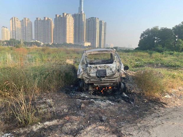 Vụ cướp ô tô táo tợn ở quận 7: Bắt nghi phạm chém 3 người nước ngoài thương vong - Ảnh 1.