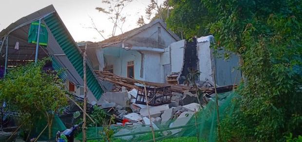 Hiện trường vụ nổ kinh hoàng tại Nghệ An khiến 2 cha con tử vong, con dâu sẩy thai - Ảnh 18.