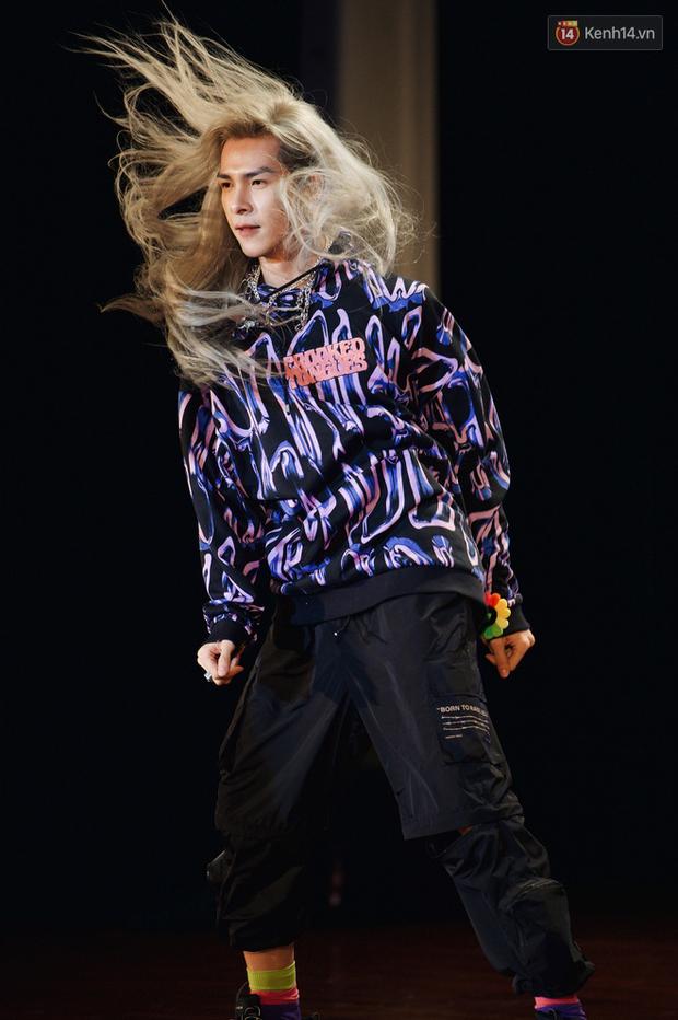 Bạch Liên Denis Đặng cover dance BLACKPINK quá nuột, không chỉ Nguyễn Trần Trung Quân mà fan Kpop cũng đua nhau tranh sủng - Ảnh 8.