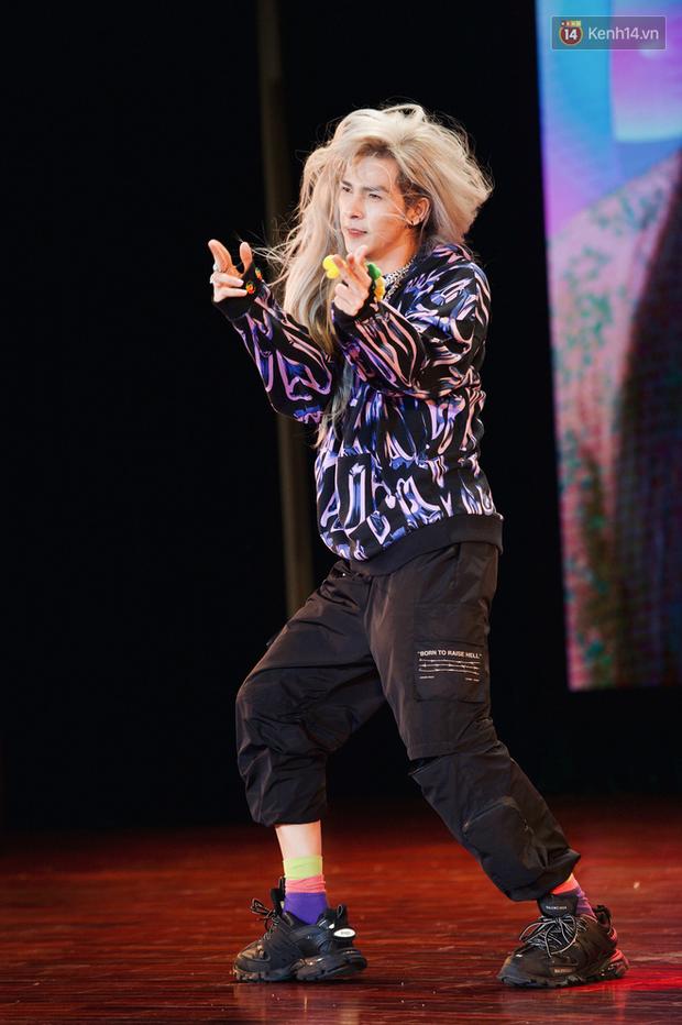 Bạch Liên Denis Đặng cover dance BLACKPINK quá nuột, không chỉ Nguyễn Trần Trung Quân mà fan Kpop cũng đua nhau tranh sủng - Ảnh 9.