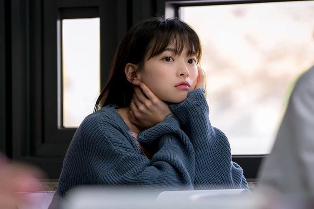 """6 phim Hàn 2019 khiến khán giả """"tiếc hùi hụi"""" vì thành tích chưa tương xứng với chất lượng - Ảnh 2."""