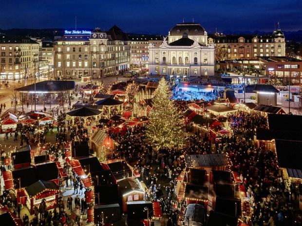 Mục sở thị những địa điểm được coi là thiên đường đón Giáng sinh trên thế giới - Ảnh 7.