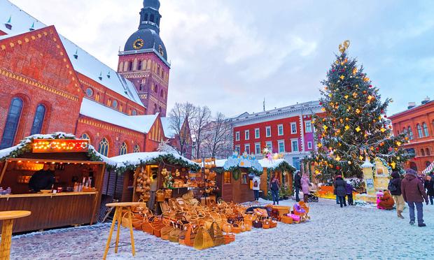 Mục sở thị những địa điểm được coi là thiên đường đón Giáng sinh trên thế giới - Ảnh 9.