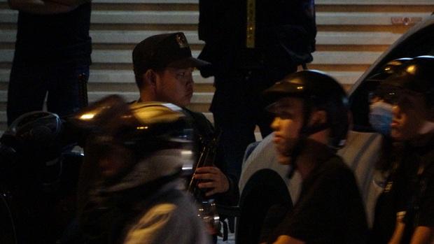Toàn đen cầm đầu nhóm giang hồ khống chế uy hiếp giám đốc bệnh viện Tâm Hồng Phước đòi nợ bị khởi tố - Ảnh 5.