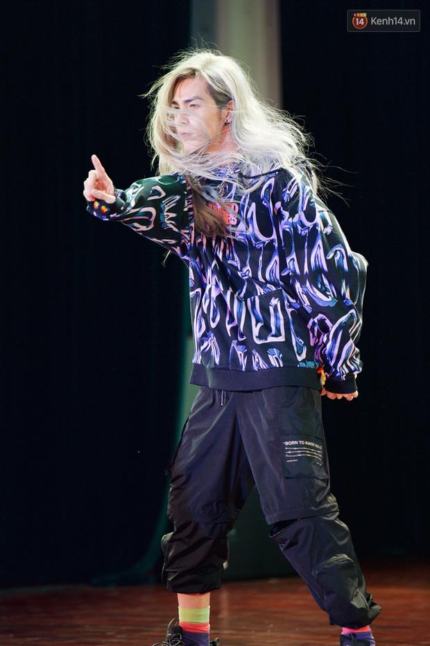 Bạch Liên Denis Đặng cover dance BLACKPINK quá nuột, không chỉ Nguyễn Trần Trung Quân mà fan Kpop cũng đua nhau tranh sủng - Ảnh 7.