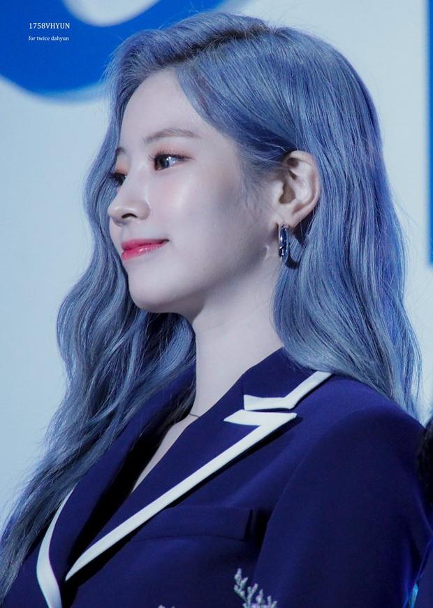 30 nữ idol hot nhất hiện nay: Top 3 toàn mỹ nhân sexy Kpop, nhưng ai đỉnh đến mức 5 lần 7 lượt vượt mặt Jennie? - Ảnh 4.