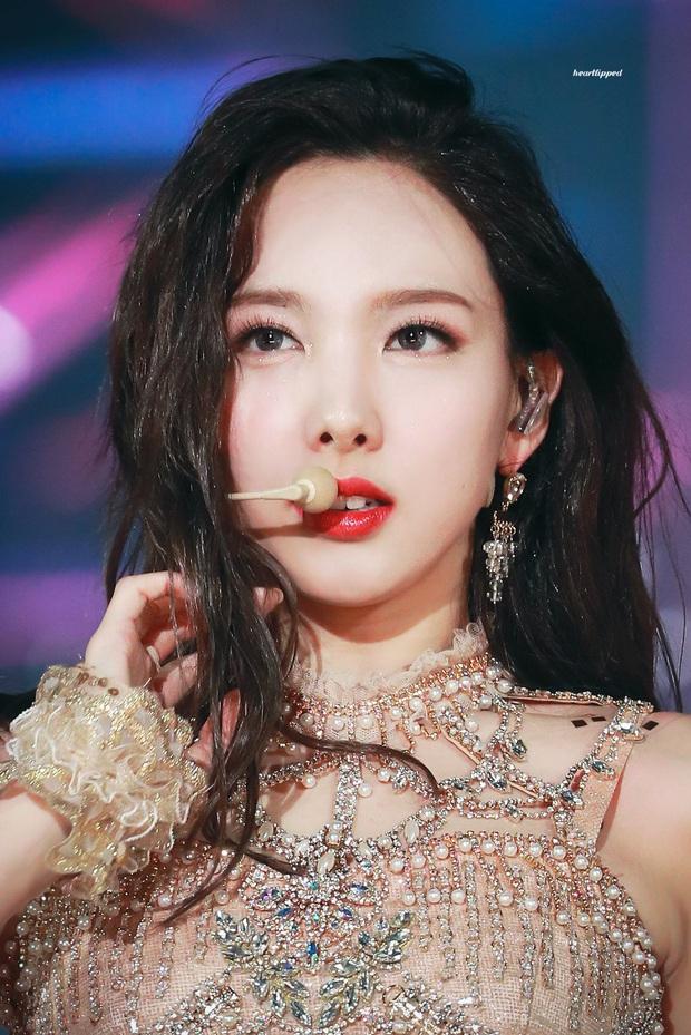 30 nữ idol hot nhất hiện nay: Top 3 toàn mỹ nhân sexy Kpop, nhưng ai đỉnh đến mức 5 lần 7 lượt vượt mặt Jennie? - Ảnh 6.