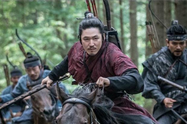 """6 phim Hàn 2019 khiến khán giả """"tiếc hùi hụi"""" vì thành tích chưa tương xứng với chất lượng - Ảnh 11."""
