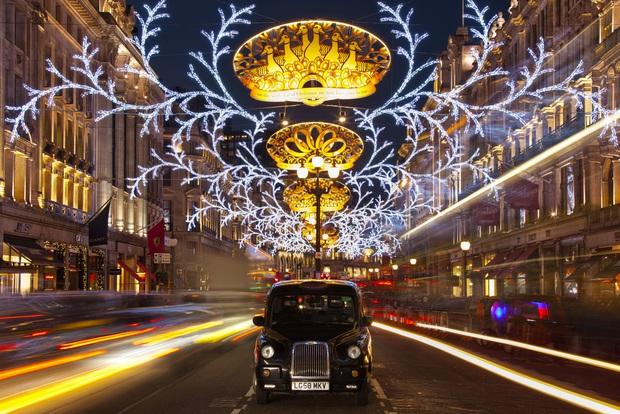 Mục sở thị những địa điểm được coi là thiên đường đón Giáng sinh trên thế giới - Ảnh 3.