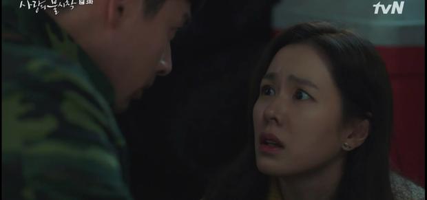 Học mánh thoát nguy từ phim Hàn Quốc, Hyun Bin hôn tài phiệt Son Ye Jin cực ngọt ở tập 3 Tình Yêu Hạ Cánh - Ảnh 12.
